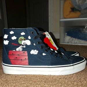 VANS Peanuts RARE NOT FOR RESALE DISPLAY SHOES
